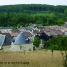 10.-le-pigeonnier-des-benedictes-et-le-centre-bourg-en-contrebas--mairie-de-la-mothe-saint-heray-.jpg