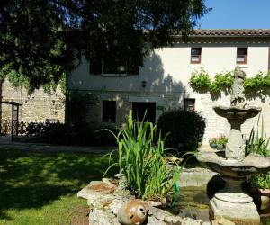 image de Logis de Lussais - La Grange