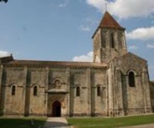 image de Eglise Saint-Pierre de Melle